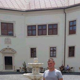 Деркач, 28 лет, Клесов