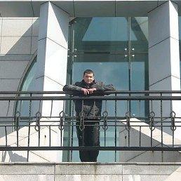 Василий, 31 год, Углегорск