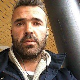 Madalin, 40 лет, Герца