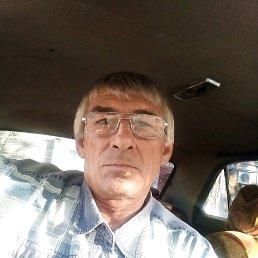 Гена, 53 года, Ялта