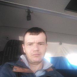 Максим, 29 лет, Ленинск-Кузнецкий
