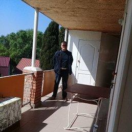 Влад, 51 год, Краснодон