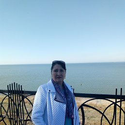 Валентина, 65 лет, Ейск