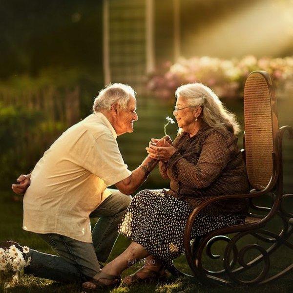 картинка давай вместе встретим старость них