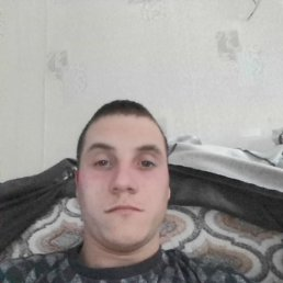 Толя, 21 год, Горно-Алтайск