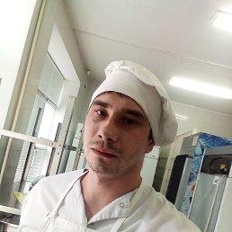 Илья, 28 лет, Курск