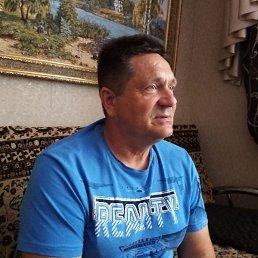 Игорь, 55 лет, Балаково