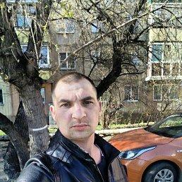 Виталий, 28 лет, Курган