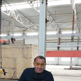Виктор, 58 лет, Калининград