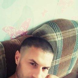 Руслан, 37 лет, Омск