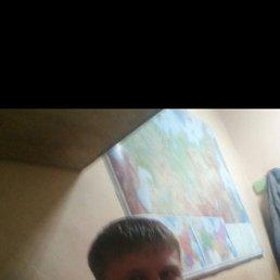 Илья, 30 лет, Саратов