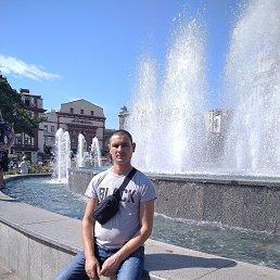 Олег, 30 лет, Беляевка