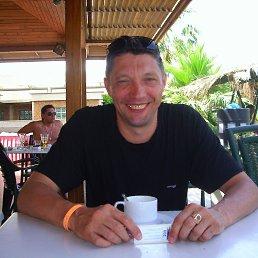 Олег, 58 лет, Великий Новгород
