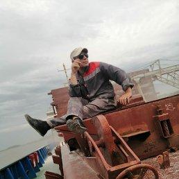 Александр, 39 лет, Астрахань
