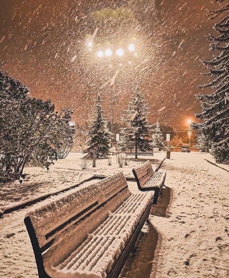 Зима может быть куда теплее лета, Kогда душа в любовь одета... - 2