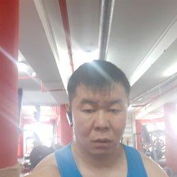 Юрий, 39 лет, Улан-Удэ