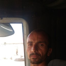 Адам, 33 года, Красноярск