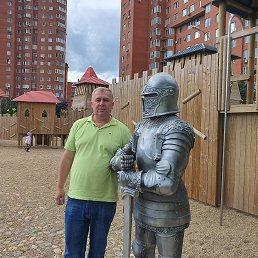 Олег, 48 лет, Данилов