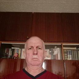 Aleksandr, Лиепая, 64 года