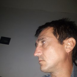 Олег, 45 лет, Стрый