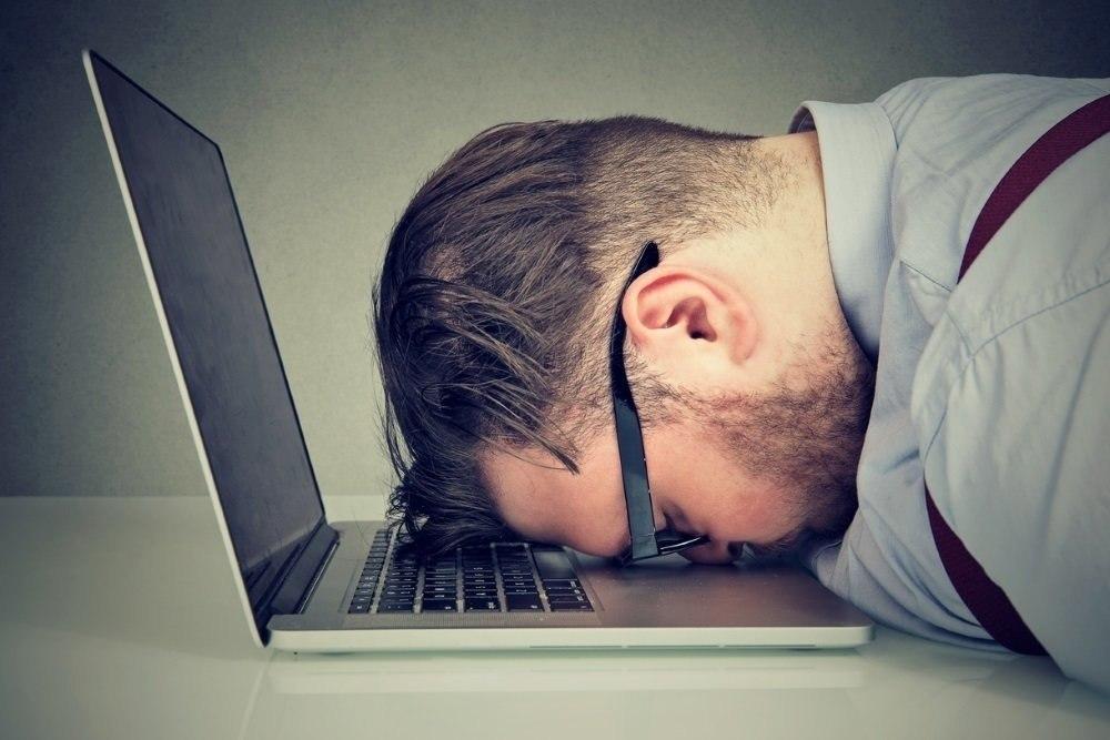 Врачи выяснили, как недостаток сна влияет на мозг человека.От разных форм бессонницы страдает около ...