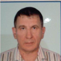 Олег, 56 лет, Алчевск