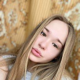 Фото Юлия, Санкт-Петербург, 18 лет - добавлено 5 апреля 2021
