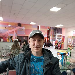 Александр, 42 года, Омск