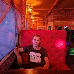 Фото Павел, Саратов, 31 год - добавлено 13 сентября 2021
