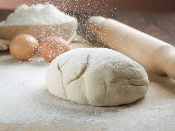Кухонные секреты для теста. 1. Всегда добавляйте в тесто разведенный картофельный крахмал – булки и ...