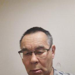 Анатолий, 63 года, Владивосток