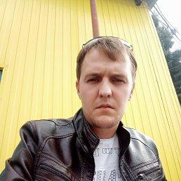 Иван, 29 лет, Калининск