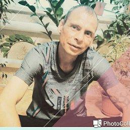 Олег, 40 лет, Казань
