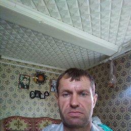 Иван, 47 лет, Редкино