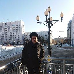 Юрий, 65 лет, Владивосток