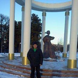 Виктор, 65 лет, Омск